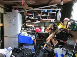 clutter-360058_1920